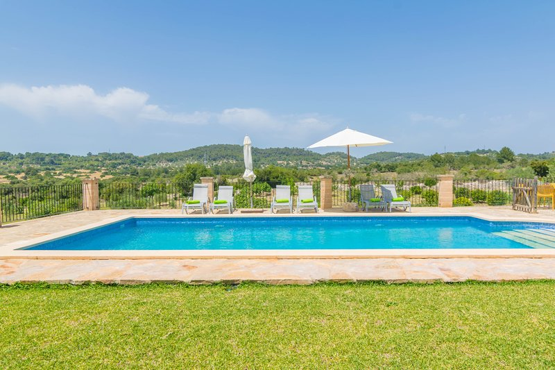 SON GENER - Villa for 6 people in SON SERVERA, vacation rental in Son Servera