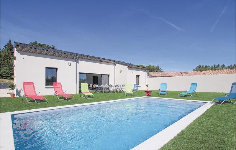 Stunning home in Portes en Valdaine with Outdoor swimming pool, Outdoor swimming, holiday rental in Rochefort-en-Valdaine