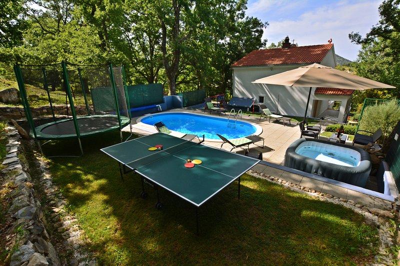 Villa Gedate, alquiler de vacaciones en Omis