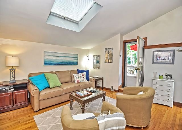 A skylight brings plenty of light into the cottage.