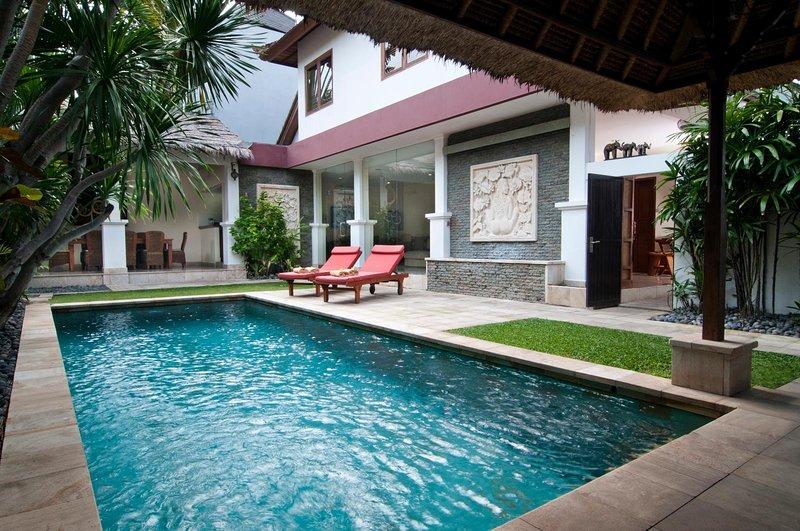 Minggu Villas 1AB,Seminyak,6BR, holiday rental in Kerobokan Kelod