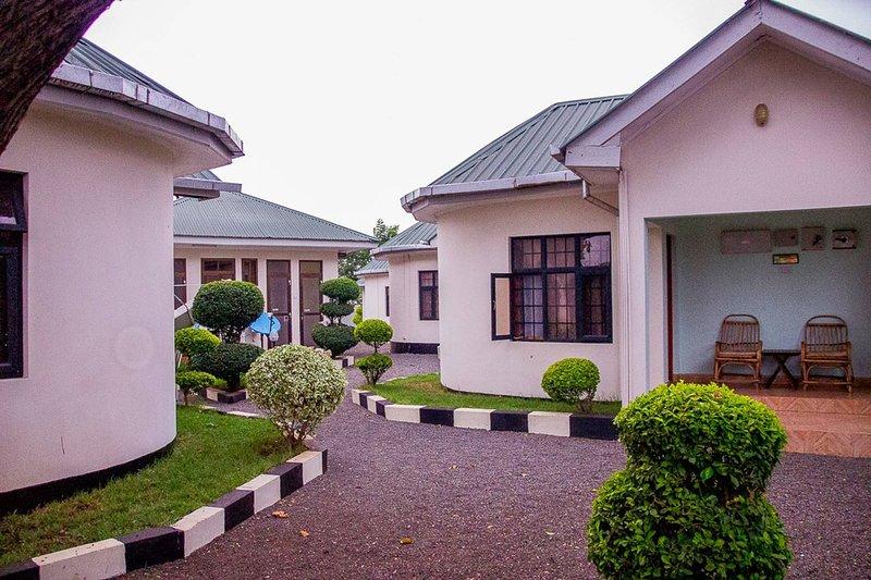 Amazing accommodation in Arusha Furaha Lodge, aluguéis de temporada em Arusha (região)