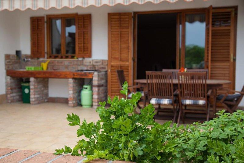 Loris Comfort Three-Bedroom LOR1, holiday rental in Portoroz