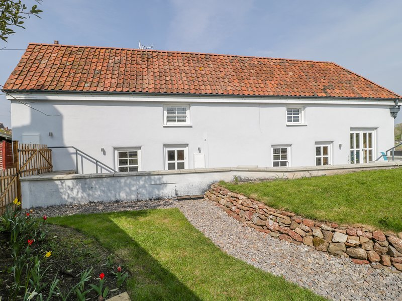 Avonside Cottage, Pill, Somerset, holiday rental in Magor