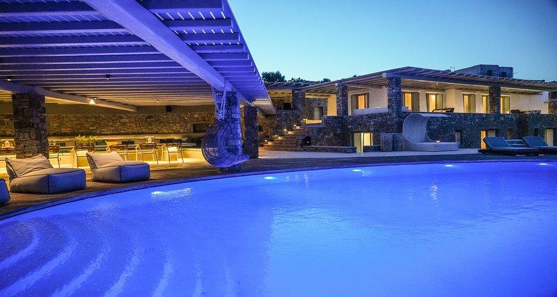 Bluewave XL Villa, high-end, unique and luxurious villa by Elite Estates, holiday rental in Kalafatis