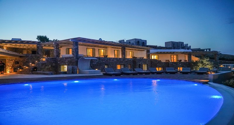 Bluewave Villa, high-end property with amazing pool and seaview by Elite Estates, vacation rental in Kalafatis