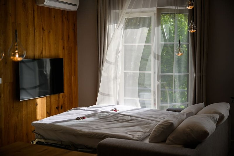 Vila Ula La Luxury Apartments Bled, HAPPINESS, holiday rental in Radovljica