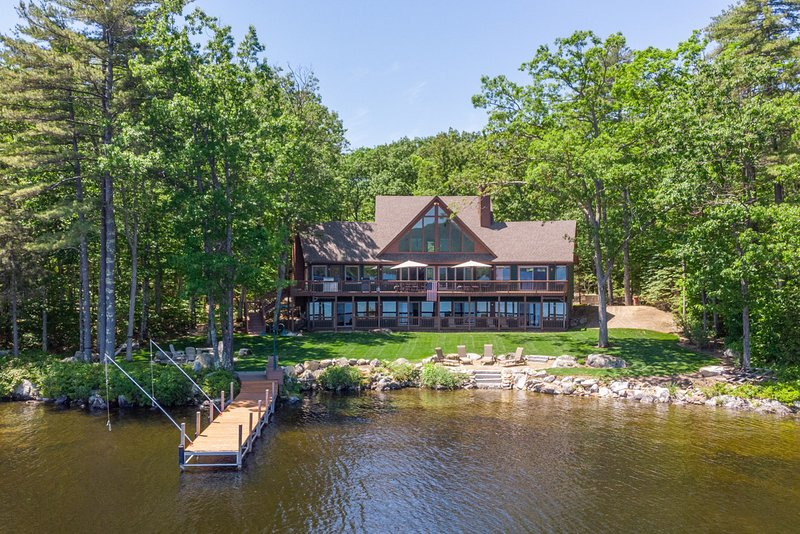 Lake Winni - WF - 503, vacation rental in Moultonborough