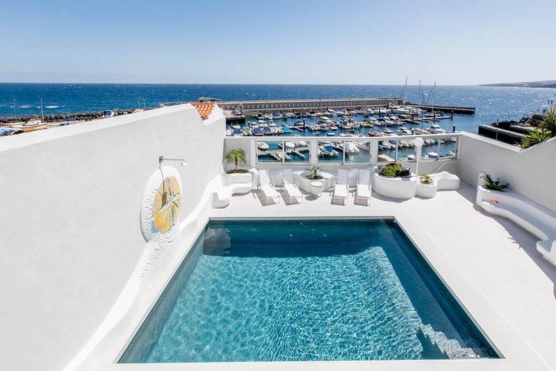 Punta Larga Villa Sleeps 8 with Air Con - 5806565, location de vacances à Brillasol