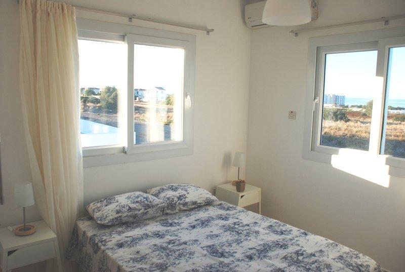 Spacious Holday Apartment with Seaviews, location de vacances à Catalkoy
