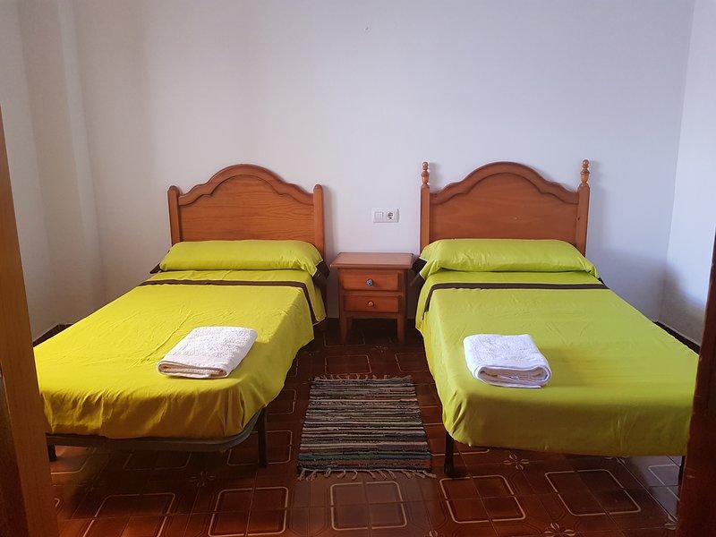 Bonita casa a 800 m de la playa, vacation rental in Playa de Gandia