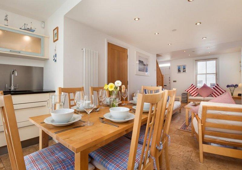 Coastguard Cottage for Couples, location de vacances à Shaldon