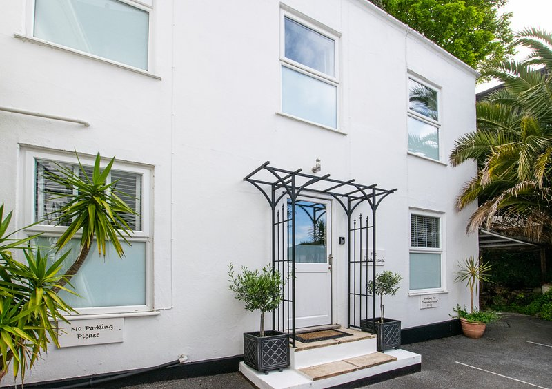 The White House, holiday rental in English Riviera
