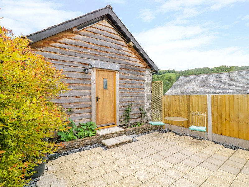 TAWNY BARN, Llanfyllin, holiday rental in Llanwddyn