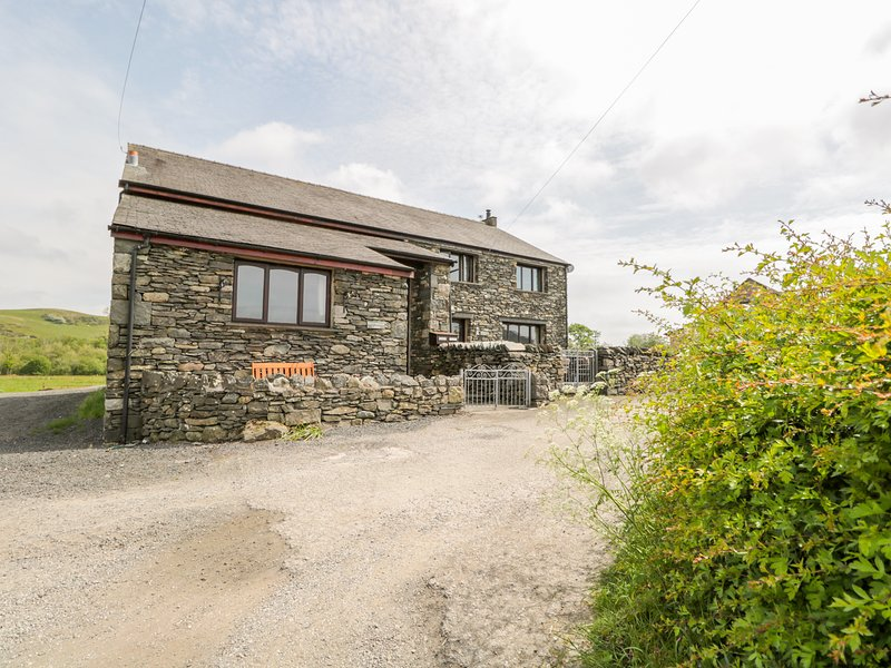 Green Hills Lodge, Ulverston, holiday rental in Kirkby in Furness