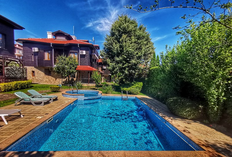 Wood's Summer Home, holiday rental in Sozopol