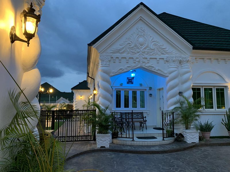 REIF'S COURT, alquiler de vacaciones en Federal Capital Territory