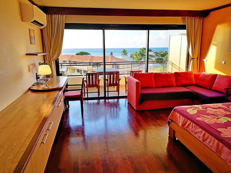 Studio Manapiti sea view near downtown, alquiler vacacional en Pirae