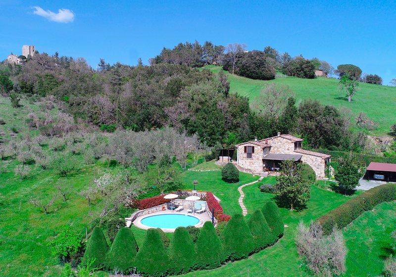 Vista aérea de la casa de campo Toscana Villa Italia