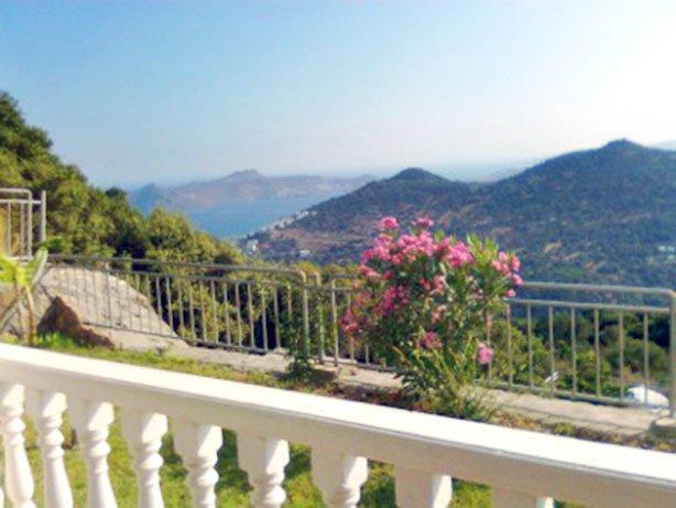 Geris Apartment Sleeps 6 with Pool Air Con and WiFi - 5700383, alquiler de vacaciones en Gumusluk