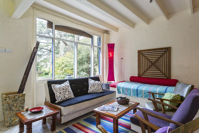 The Salty Dog By The Seaside - Pet Friendly - Rye, vacation rental in Rye