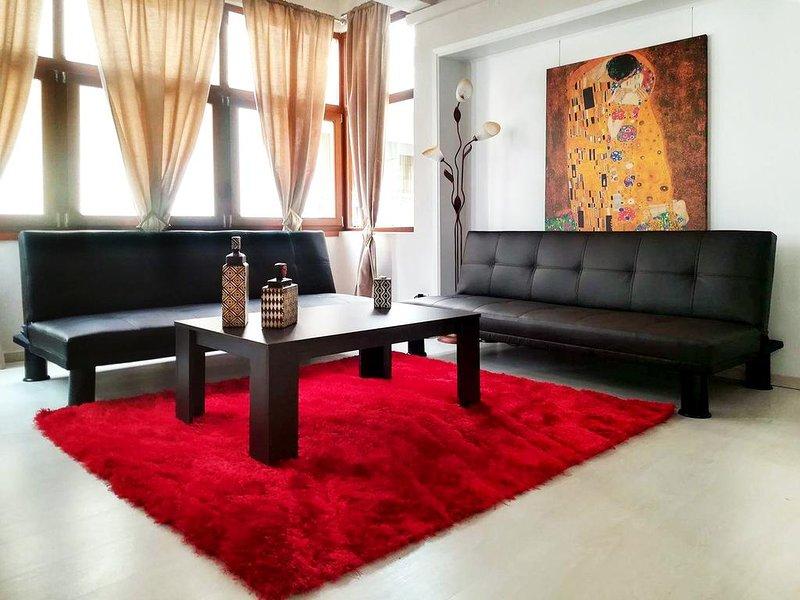 Minotavros Cozy Apartment in Heraklion, holiday rental in Nea Alikarnassos