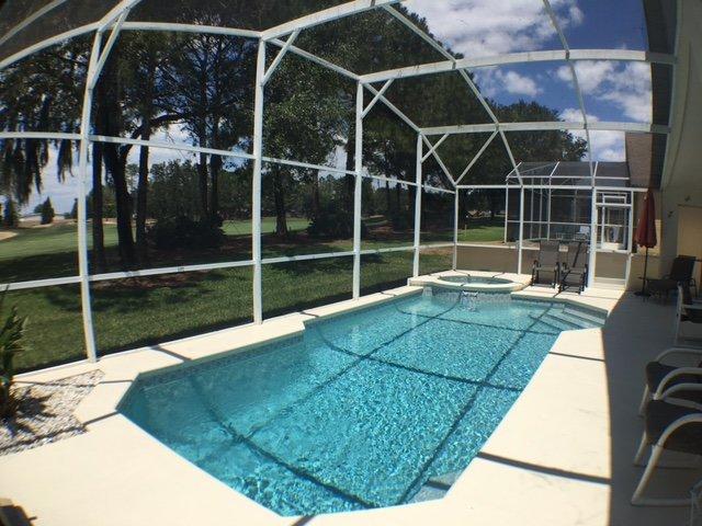 West Facing Private Pool Home, location de vacances à Winter Haven