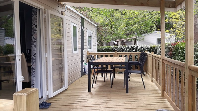 Camping 4* la réserve SIBLU village - Mobil home 6/8pers neuf clim terrasse, vacation rental in Gastes