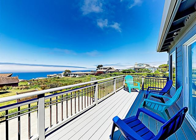 Beautifully Updated Dillon Beach Haven with Game Room & Pacific Vistas, holiday rental in Dillon Beach