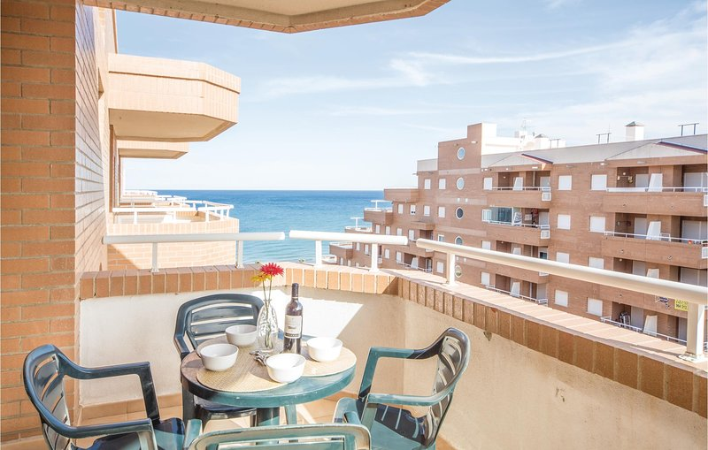 Amazing apartment in Oropesa del Mar with Indoor swimming pool, Outdoor swimming, alquiler de vacaciones en Cabanes