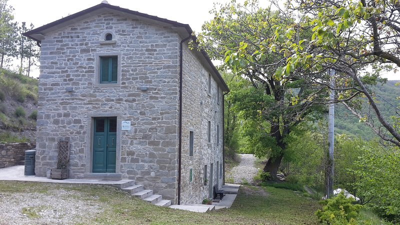 Il Casale di Montondo. Paradiso immerso nella natura, vacation rental in Belforte all'Isauro