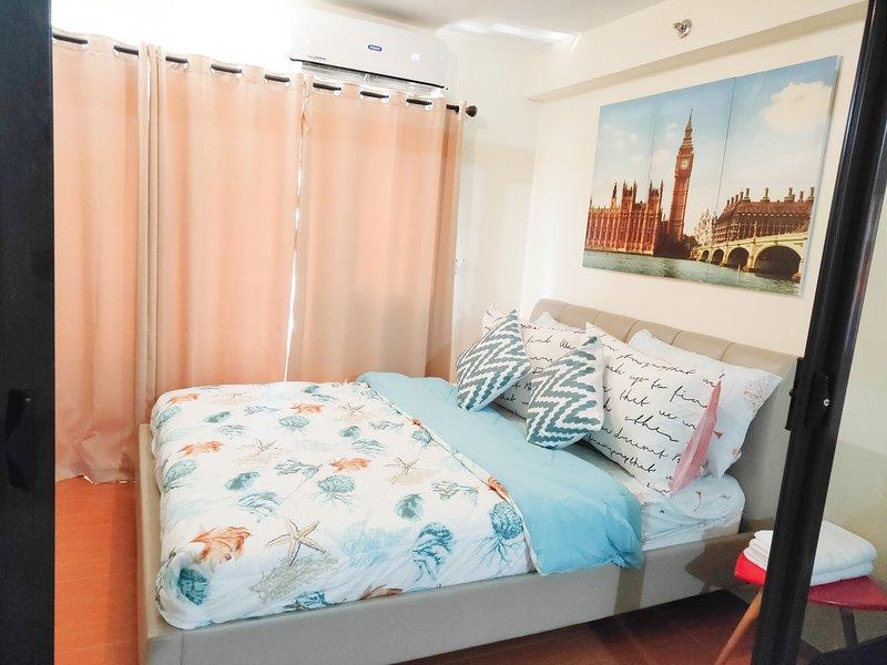 Condo: FastWIFI, NETFLIX, resortlike amenities downtown CDO, alquiler vacacional en Cagayan de Oro