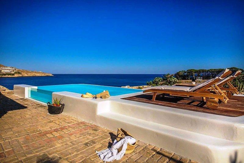 Villa Artemis Two, vacation rental in Paradise Beach