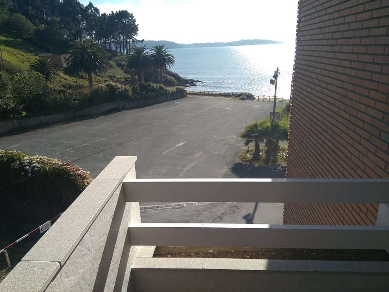 Edificio Anduriña Piso 2, vacation rental in Monfero