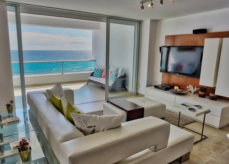 Unique Ocean View Condo for 8 (822), aluguéis de temporada em Juan Dolio