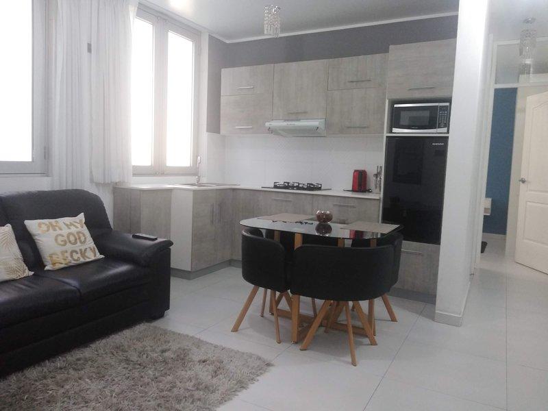 MINIDEPARTAMENTO ACOGEDOR  E INDEPENDIENTE EN HUANCAYO, holiday rental in Huancayo