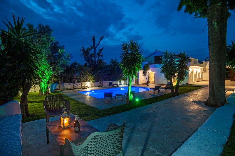 Bella Foresta Villa II, location de vacances à Rhodes (ville)