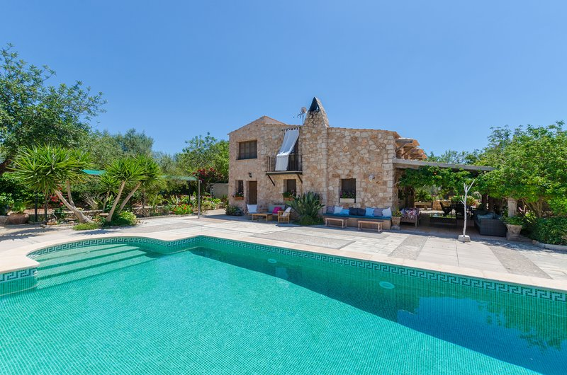 CAN ROSILLO - Villa for 6 people in Llucmajor, holiday rental in Llucmajor