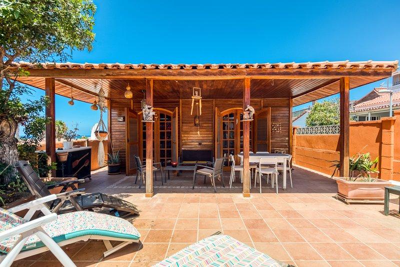 Camping House Private Terrace Common Pool, aluguéis de temporada em San Bartolome de Tirajana
