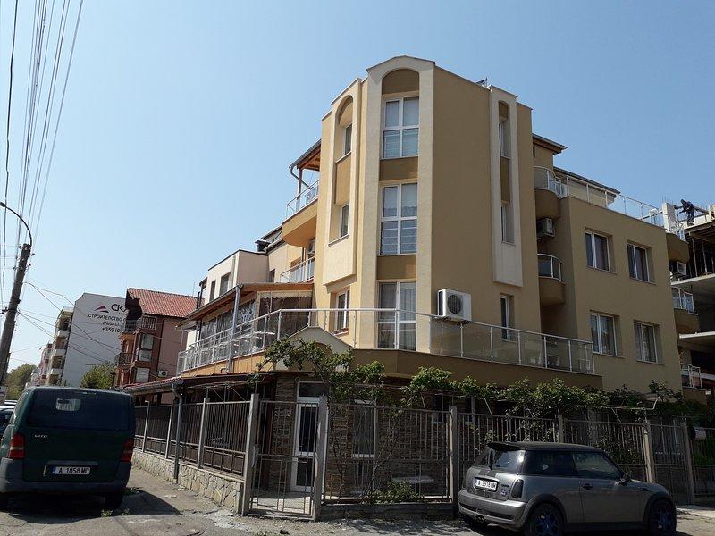 Ganz Real Estate Sarafovo 4, holiday rental in Sarafovo