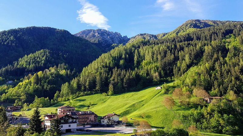 Piccolo Apartment  in the Italian Alps , Wifi, location de vacances à Vesta