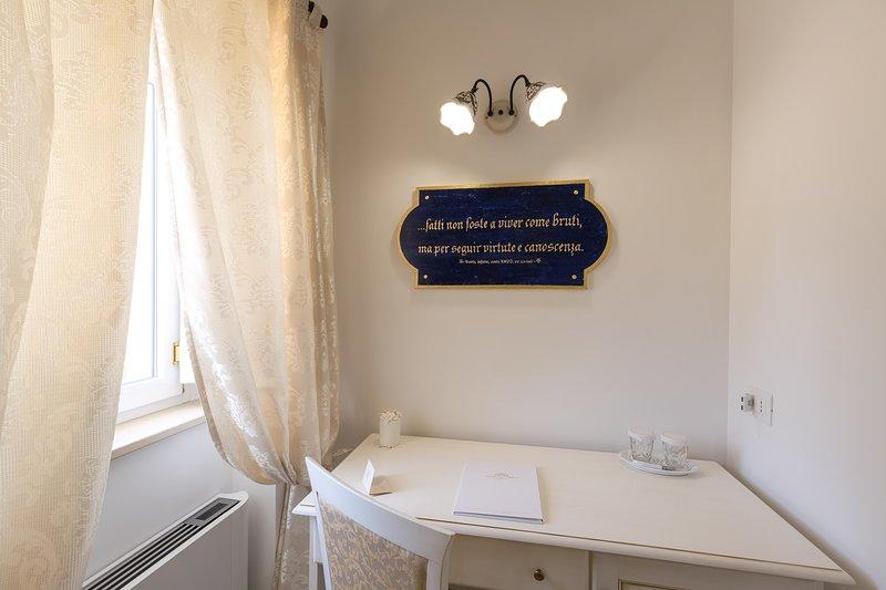 Dimora SAN QUIRICO  - DANTE ALIGHIERI, holiday rental in Pezze di Greco