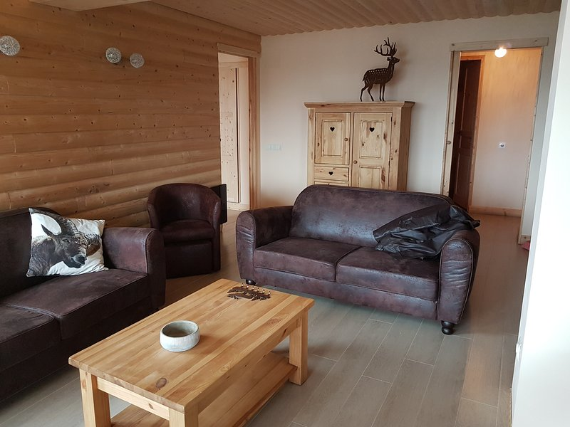 Les Angles accommodation chalets for rent in Les Angles apartments to rent in Les Angles holiday homes to rent in Les Angles