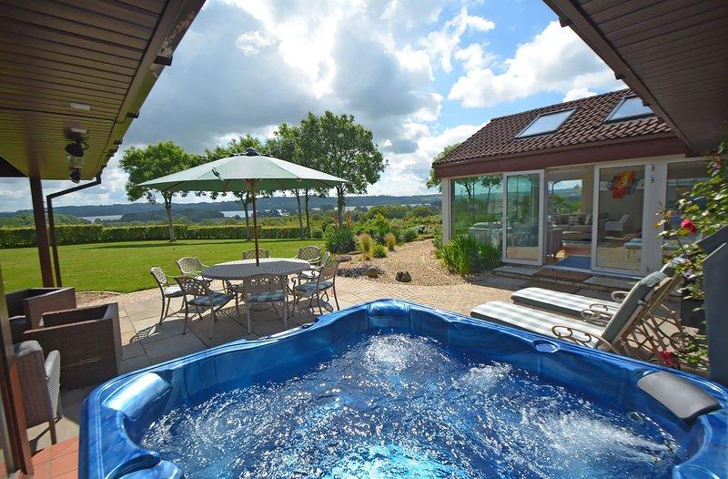 Kingsley Lake View, holiday rental in Butcombe