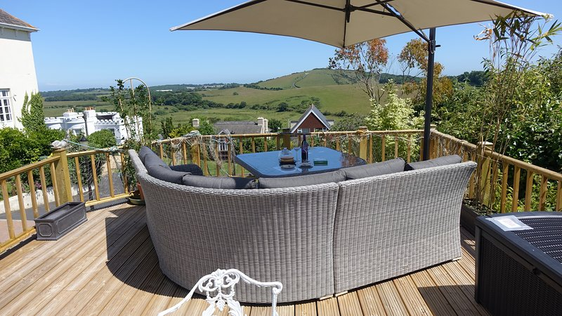 Award Winning Marmalade Cottage with Scenic Views, holiday rental in Brading