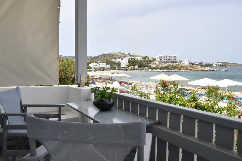Parikia's Seaside House, holiday rental in Parikia