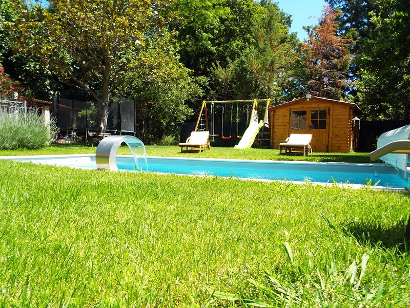 MAISON DU MOULIN DE TARTAY EN AVIGNON, vacation rental in Avignon