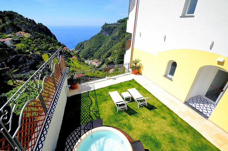 Villa Clarice C, vacation rental in Pontone