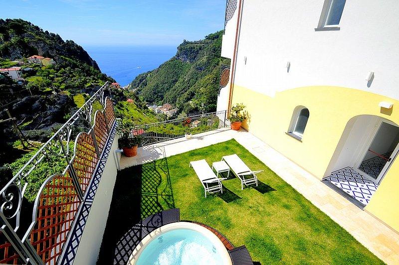 Villa Clarice A, holiday rental in Pontone