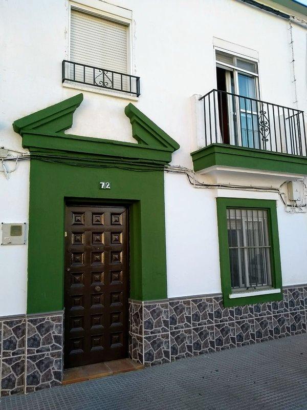 Bonita casa típica española, holiday rental in Puerto Real